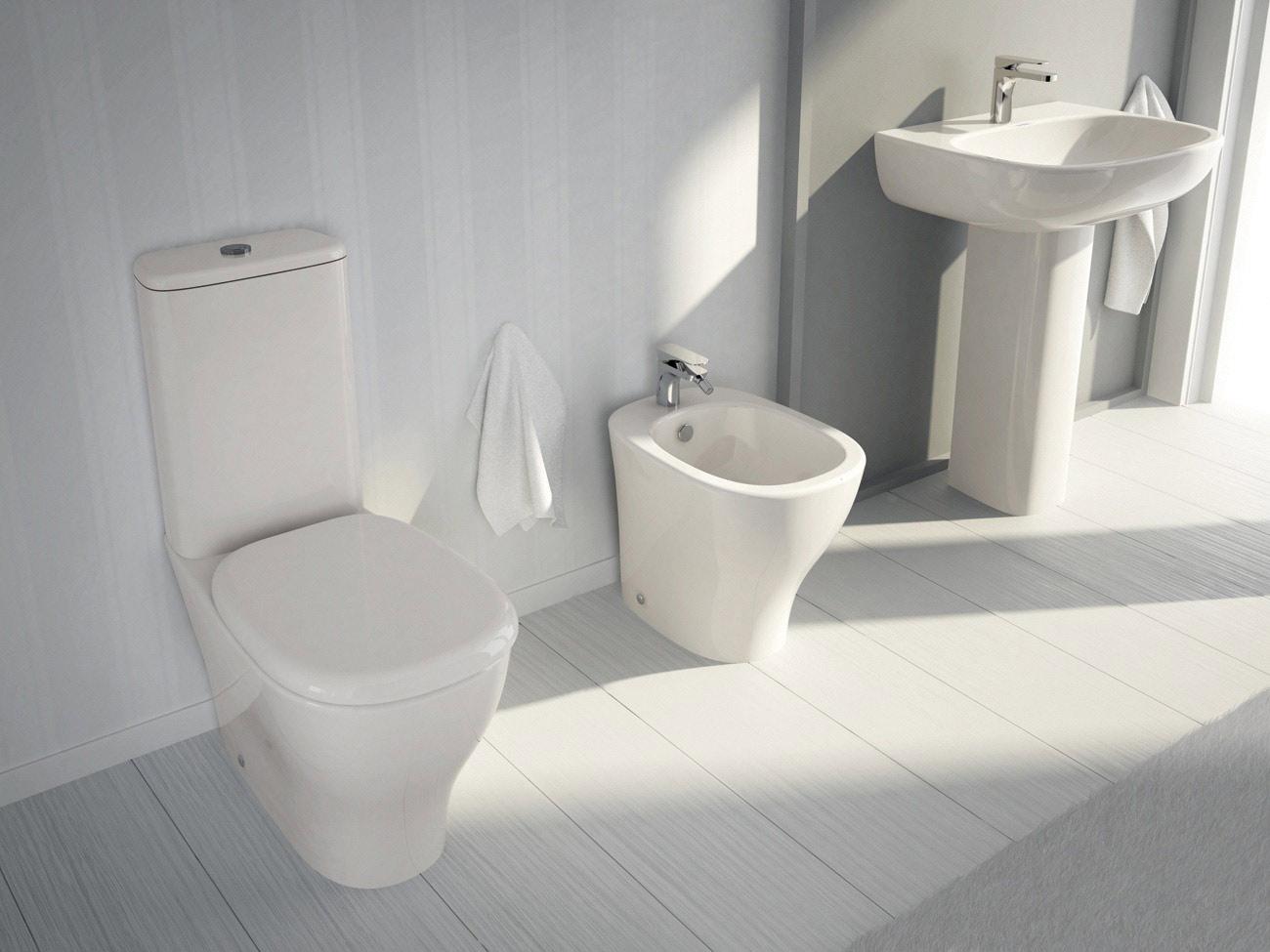 Scopri la vasta gamma di sanitari hidra ceramica sul nostro sito