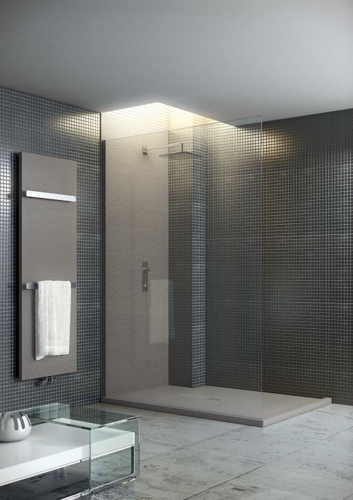 Fiora piatti doccia effetto ardesia li trovate da euroedil for Piatto doccia fiora