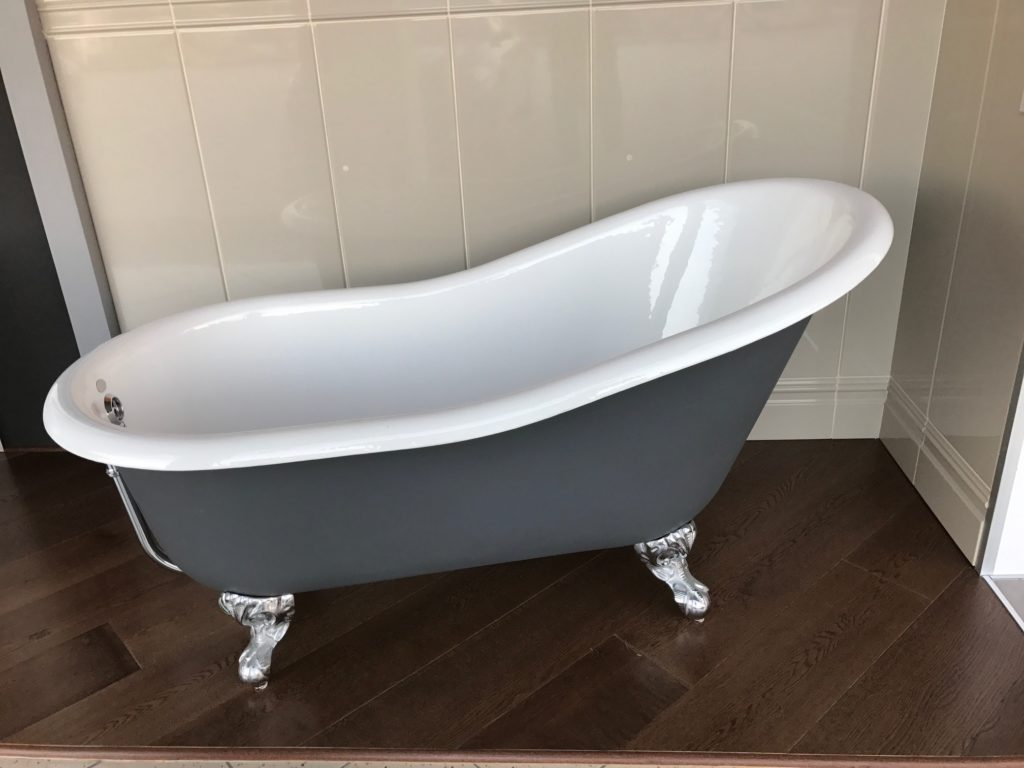 Vasca Da Bagno Un Metro : Vasca da bagno in ghisa modello slipper euroedil